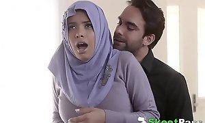 Dim Shove fro Arab Teen Aaliyah Hadid Ass-Fucked In Will not hear of Hijab