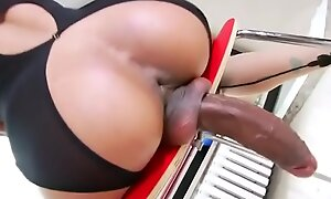 big cock shemale showing say no to body 480p