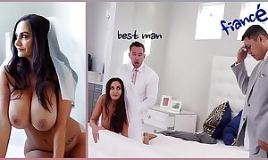 Bangbros - beamy bowels milf link up ava addams fucks but for rub-down the fact that scrounger