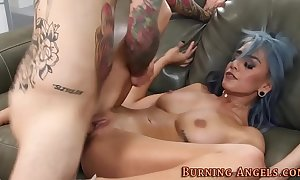 Freakish babes pussy squirts